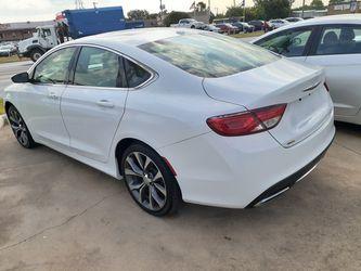 Chrysler 200 Thumbnail