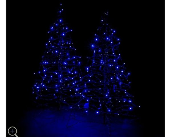 S 2 Pre Lit Led 3 Fold Flat Outdoor Christmas Trees By Lori Greiner For Sale In Pompano Beach Fl Offerup