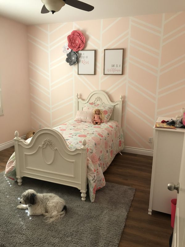 White Shabby Chic Twin Bed Frame For Sale In Canyon Country CA