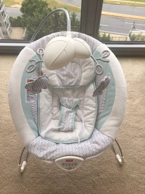Fisher-Price Moonlight Meadow Deluxe Bouncer for Sale in Rockville, MD
