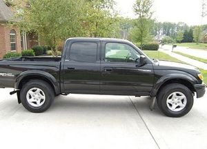 Toyota Tacoma 2004-One Owner for Sale in Baltimore, MD