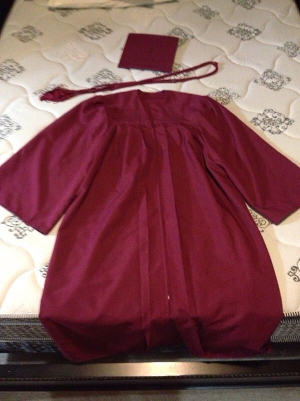 Asu cap & gown for Sale in Goodyear, AZ - OfferUp