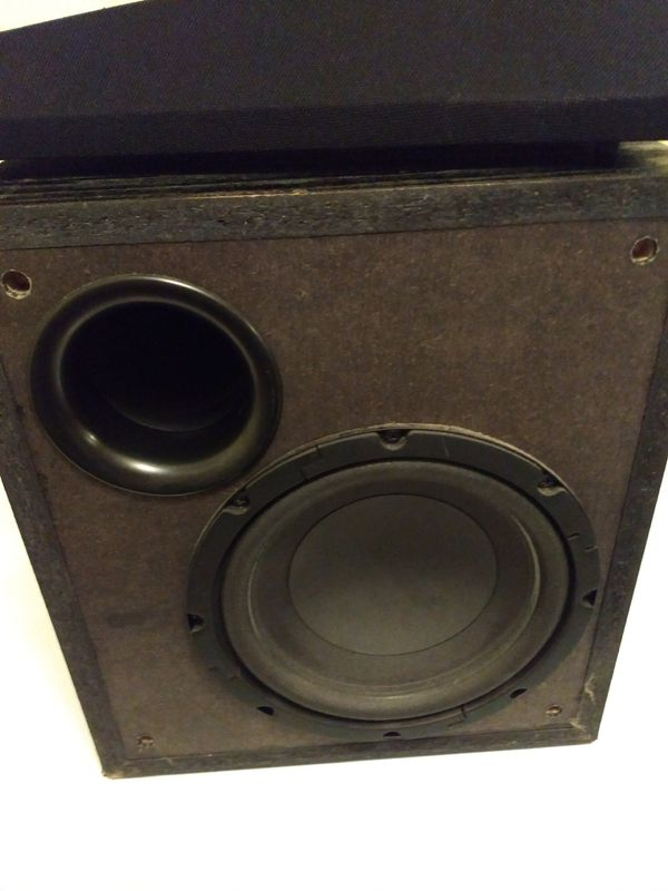 Kenwood powered subwoofer 8 inch model SW-32ht Home theater for Sale in  Oviedo, FL - OfferUp