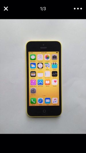 (Yellow)iPhone 5c ,Factory Unlocked Excellent Condition for Sale in Lorton, VA