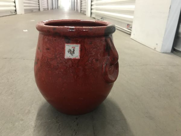Red Pot For Plant Filled With River Rock For Sale In Las Vegas Nv