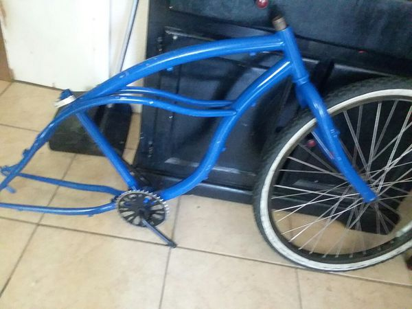 Lowrider bike frame project bike (Bicycles) in Pasadena, TX - OfferUp
