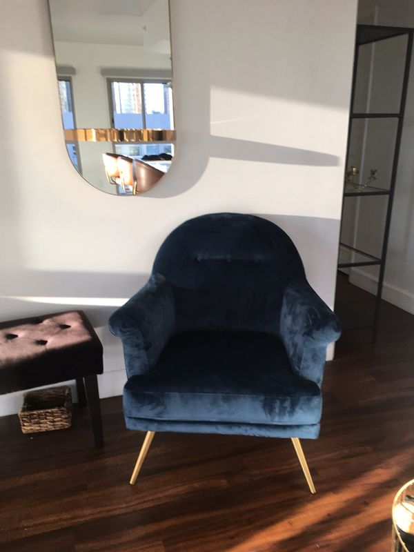Velvet Navy Blue Accent Chair For Sale In Los Angeles Ca Offerup
