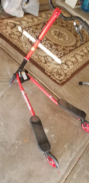 Y flicker air A1 push swing scooter for Sale in Phoenix, AZ
