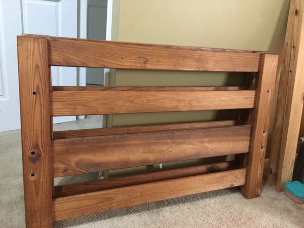 Single Wooden Bed Frame For Sale In Bolingbrook IL