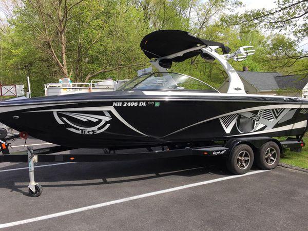 2013 tige z3 wakesurf boat - zr409