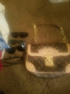 Bunch random items for Sale in Las Vegas, NV