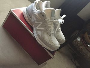 New balance 990 size 9 for Sale in Oxon Hill, MD