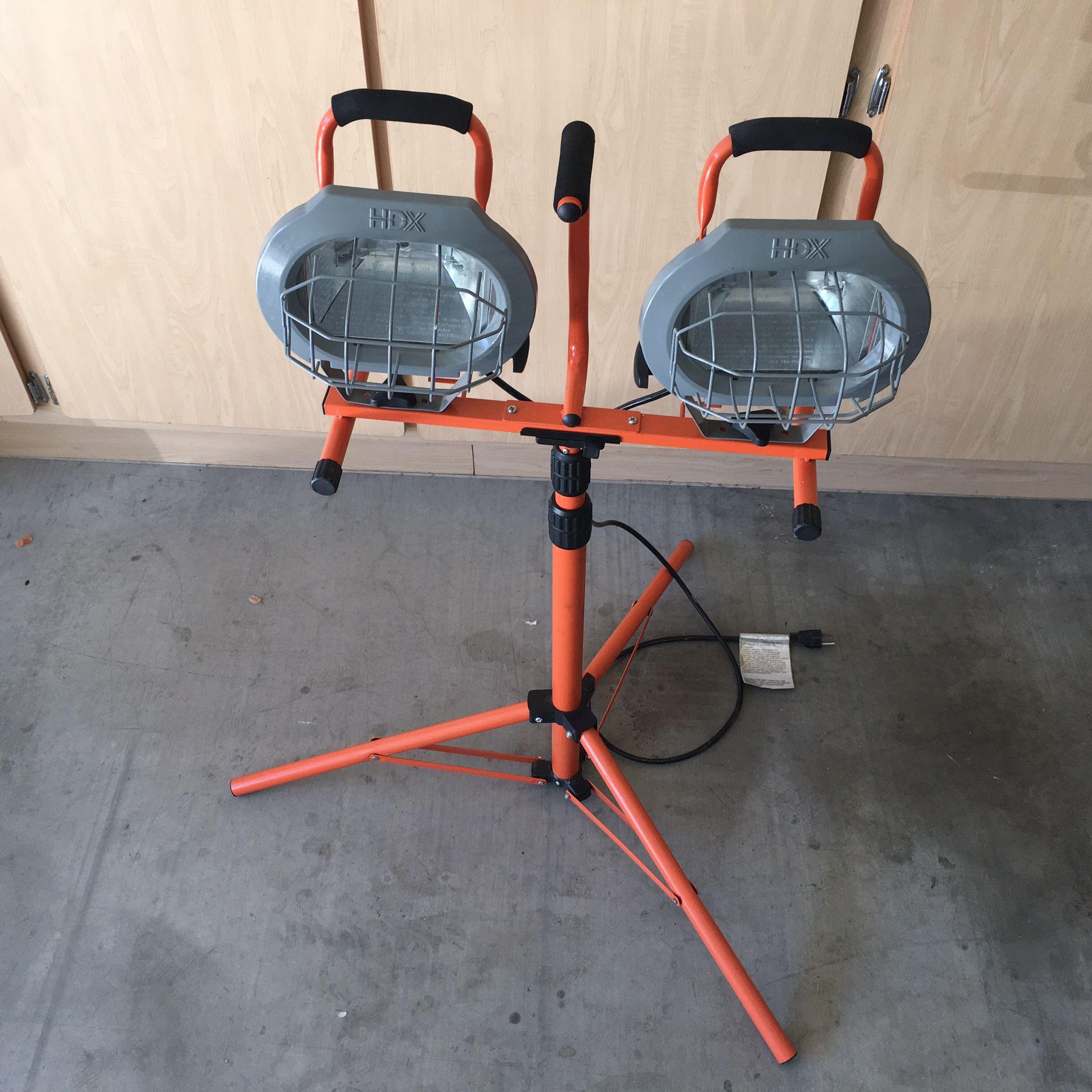 HDX 1000 watts Halogen Tripod Shop Work light