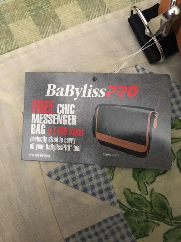 3881d94d11a8 New and Used Messenger bag for Sale in Whittier