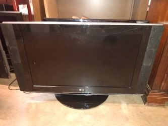 "LG 32"" Flat Screen TV 2 diff models Thumbnail"