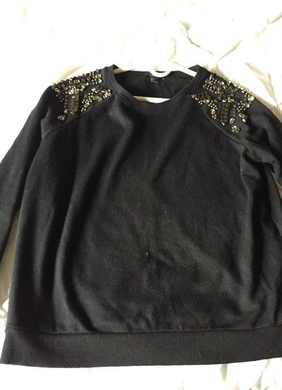 Black soft sweater size large