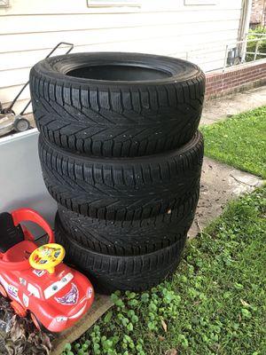 Mercedes GL tires for Sale in Gaithersburg, MD