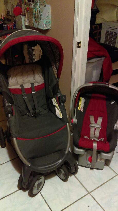 Graco Fastaction Fold Click Connect Travel System Finley For Sale In San Jose Ca Offerup