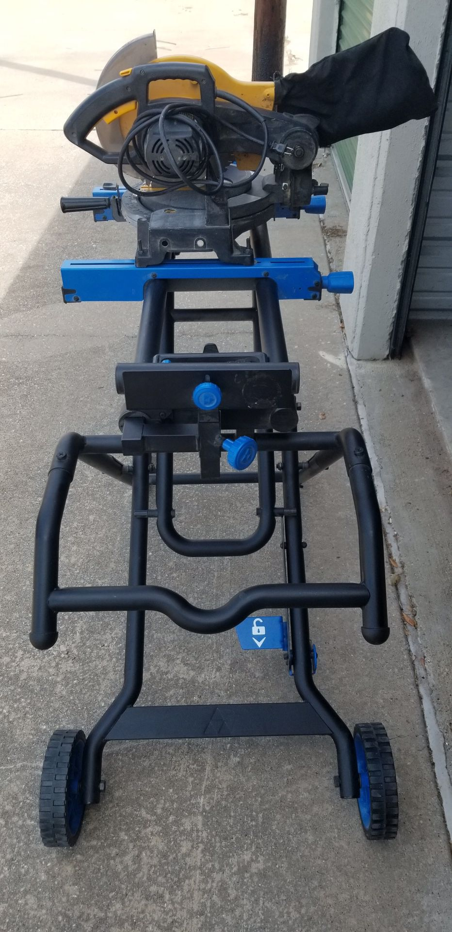"Delta Portable Work Station W/ 10"" Pro-Tech Compound Miter Saw"