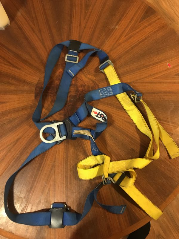 Car Dealerships In Watertown Ny >> First full body harness for Sale in Watertown, NY - OfferUp