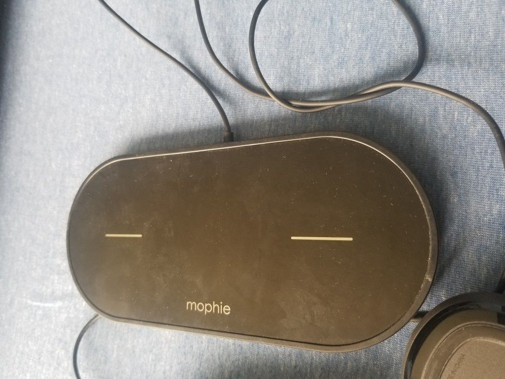 Wireless Charger And  Brand New Mouse .