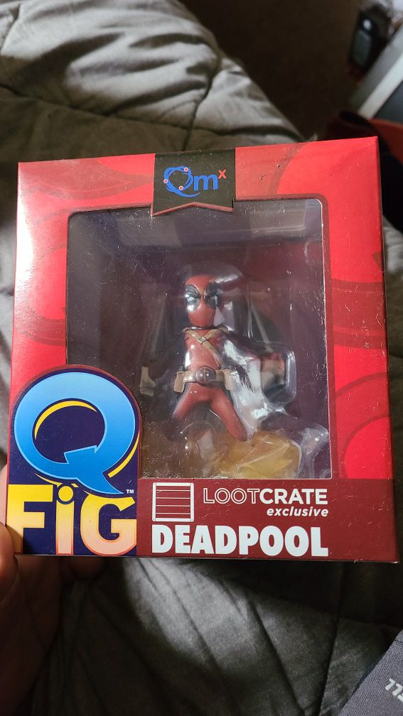Deadpool Loot Crate Exclusive Qfig
