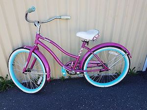 Huffy pink bike for Sale in Chillum, MD