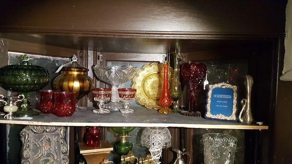 Assorted Vintage Home Decor Glass Vases Lamp Frame Sconce Candle ...