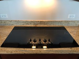 """GE Profile 36"""" Built in Electric Cooktop - Black for Sale in Chicago, IL"""