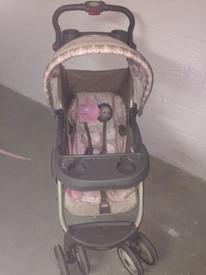 Girls stroller for Sale in Reading, PA