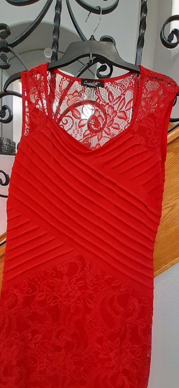 Red Gown, Size M