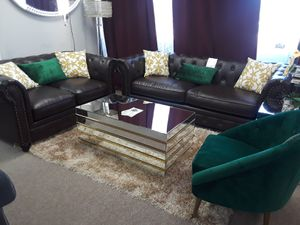 2pc sofa and loveseat for Sale in Dallas, TX