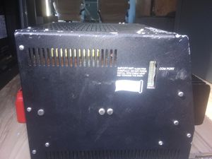 Photo Trace model u2512 2500 wats charger inverter