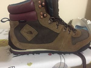 The Northface Winter Boot. Size 12 Like New. Extremely comfortable for Sale in MIDDLE CITY EAST, PA