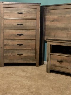 Astonishing New And Used Wood Dresser For Sale In St Louis Mo Offerup Home Interior And Landscaping Ferensignezvosmurscom