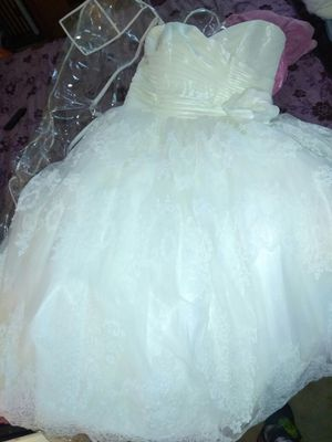 New and Used Wedding dresses for Sale in Perris, CA - OfferUp