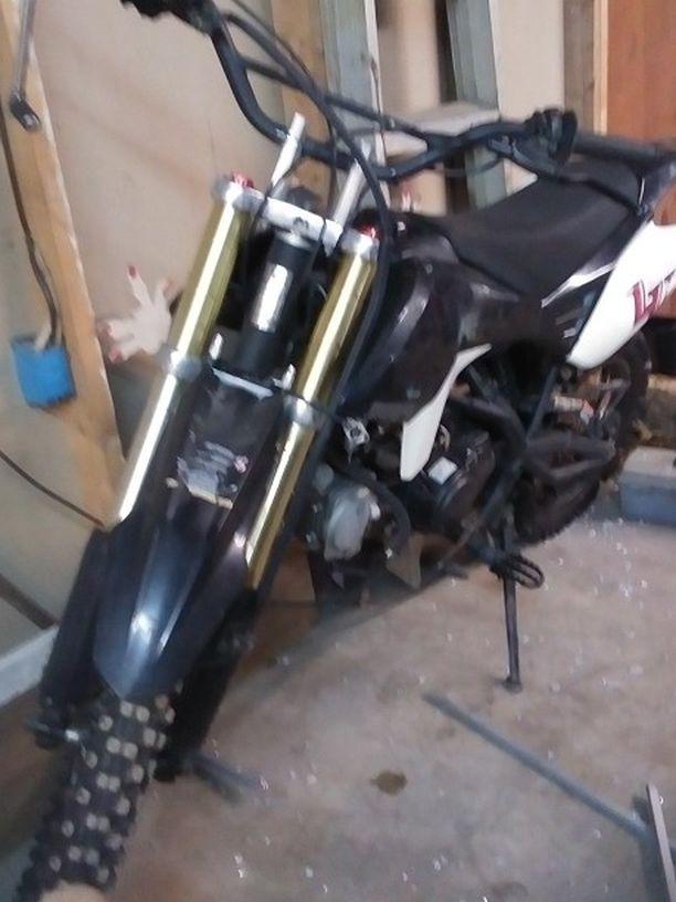 Photo 125 Dirt Bike Motor bad