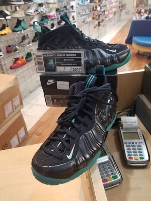Brand New Nike Air Foamposite Pro Obsidian Size 9 for Sale in Silver Spring, MD