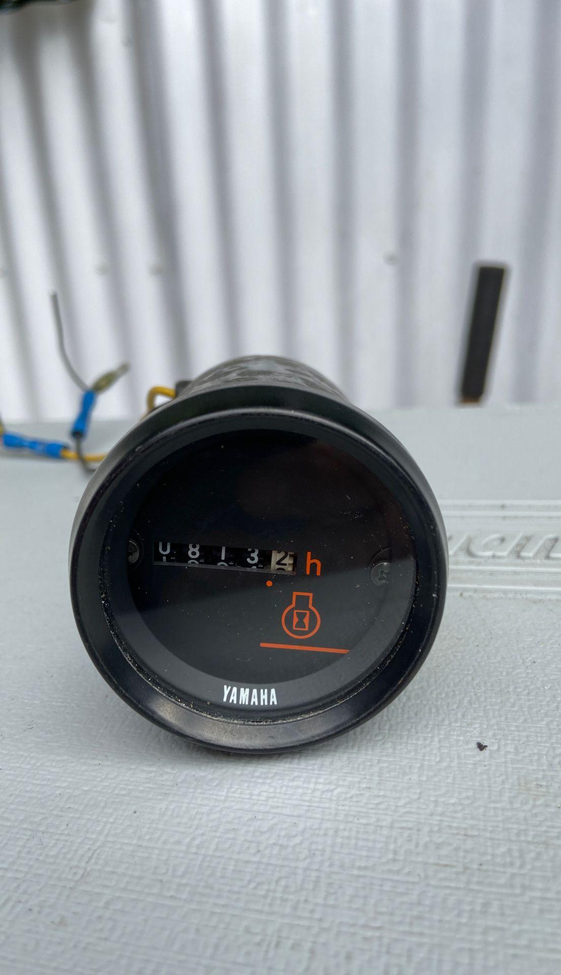 Yamaha hours gauge
