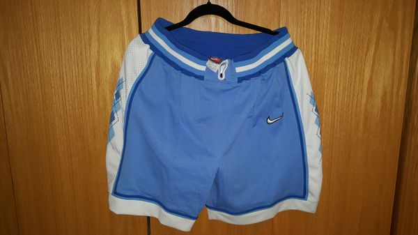 6c341738af1972 BRAND NEW NIKE NORTH CAROLINA BASKETBALL AUTHENTIC GAME SHORTS SIZE 38 XL  for Sale in Iowa City