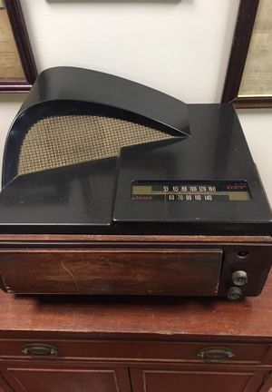 Old 33 record player with Am radio for Sale in Martinsburg, WV