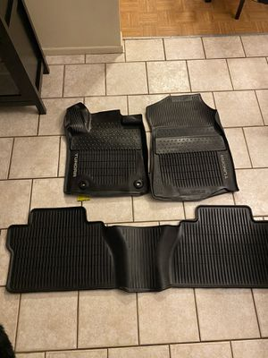 Photo TOYOTA TUNDRA BLACK RUBBER ALL WEATHER FLOOR MATS, FITS 2012-2020