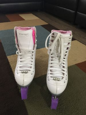 Riedell girl's ice skates size 4 for Sale in Annandale, VA