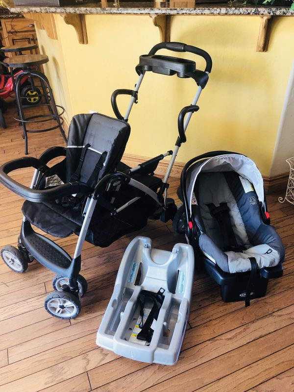 Graco Infanttoddler Double Stroller With Car Seat And 2 Bases For