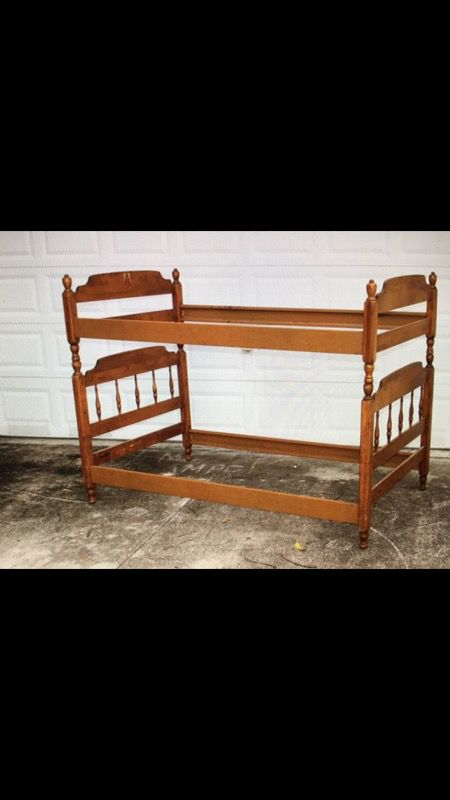 Vintage Ethan Allen Maple Beds Bunk Bed For Sale In