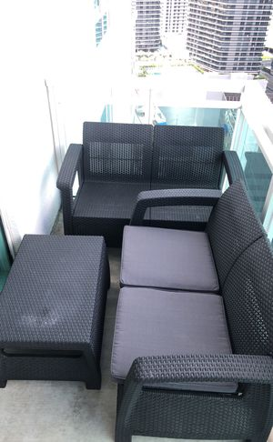 Outdoor Patio couches for Sale in Miami, FL