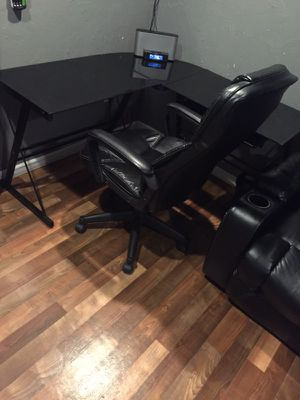 new and used office desks for sale in oklahoma city ok offerup