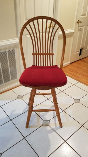Solid wood bar stool / tall kitchen counter swivel chair for Sale in Manassas, VA