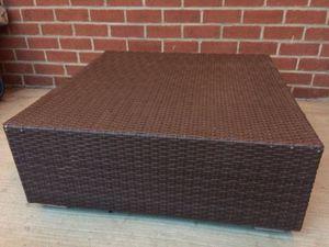 Wicker ottoman/table for Sale in Arlington, VA