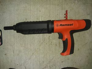 Photo RAMSET POWDER ACTUATED CONCRETE NAILGUN